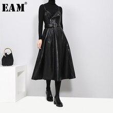 [EAM] новое осенне-зимнее однотонное платье без бретелек черного цвета из искусственной кожи с высокой талией и ремнем на молнии Свободное женское модное платье JD032