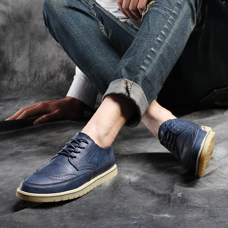 ФОТО Mens Shoes Casual Spring Autumn Fashion Business Formal Dress Wedding Flat Oxford Casual Vintage Carved Shoes Gentleman Brogue