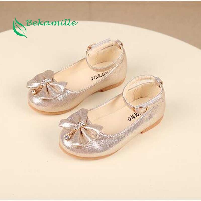 הכי חדש סתיו בנות עור נעלי ילדי בנות תינוק נסיכת bowknot סניקרס פרל יהלומי אחת נעלי ילדי נעלי ריקוד