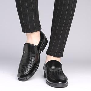 Image 5 - รองเท้า 2019 ฤดูร้อน Breathable แฟชั่นรองเท้าหนังผู้ชายรองเท้าธุรกิจสำหรับผู้ชายพ่อ Flats
