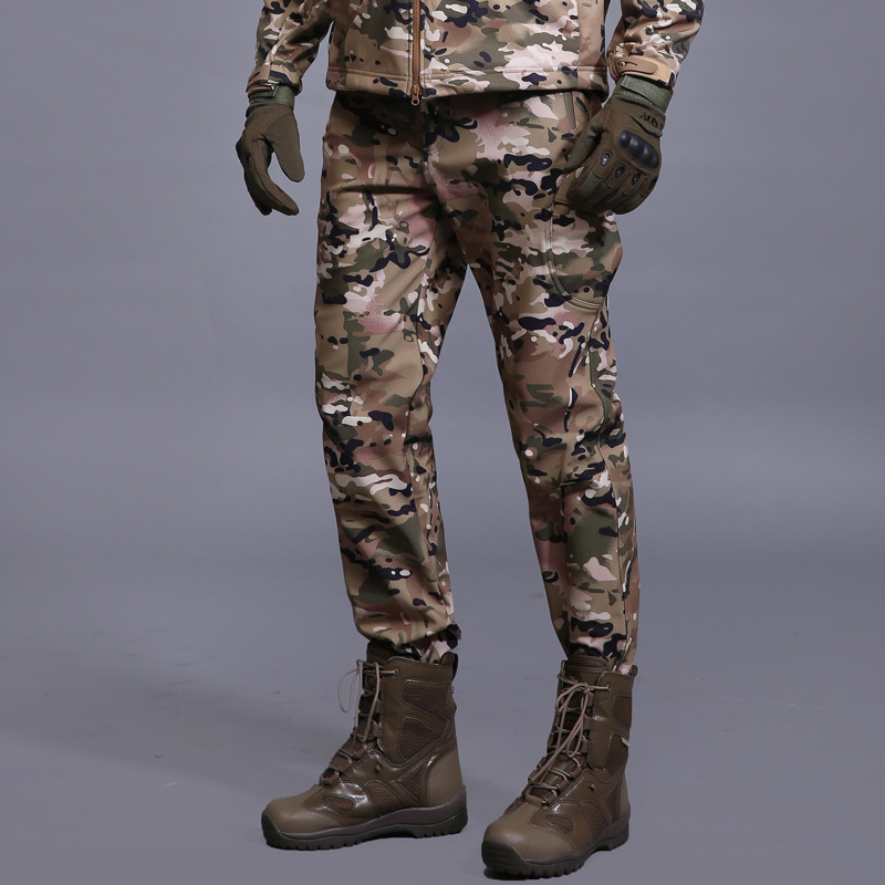 Zimní žraločí kůže Soft Shell Tactical Military Camouflage Pants Men Windproof Waterproof Warm Camo Paintball Army Fleece Pants