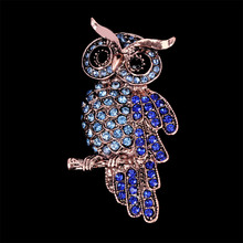 Moda Vintage búho forma broches broche de diamantes de imitación pines sombrero  de dama bufanda Clips broche Collar fiesta joyer. 7ba193b5016