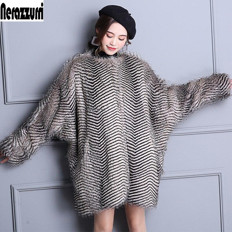 Здесь продается  Nerazzurri Winter Elegant Faux Fur Coat Women Warm Long Sleeve Luxury Fluffy Jacket 2017 Loose Oversized Bat Sleeved Fake Fur  Одежда и аксессуары