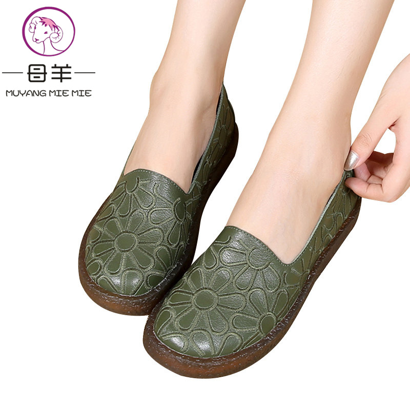 2018 New Genuine Leather Flat Shoes Woman Hand sewn Leather Loafers Cowhide Flexible Casual Shoes Women Flats Women Shoes
