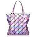 Женщины яркий лазерный голографические сумки леди геометрия решетки алмаза блестки раза по сравнению с перл сумка голограмма сумки известного бренда