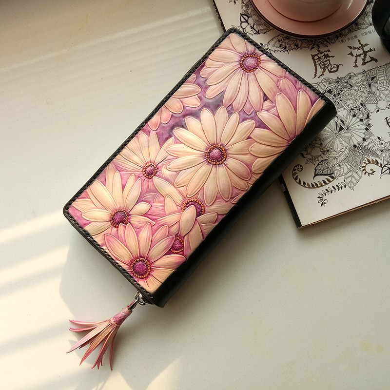 Handmade Daisies Wallets Original Design Carving Flower Purses Women Long Clutch Vegetable Tanned Leather Wallet Gift