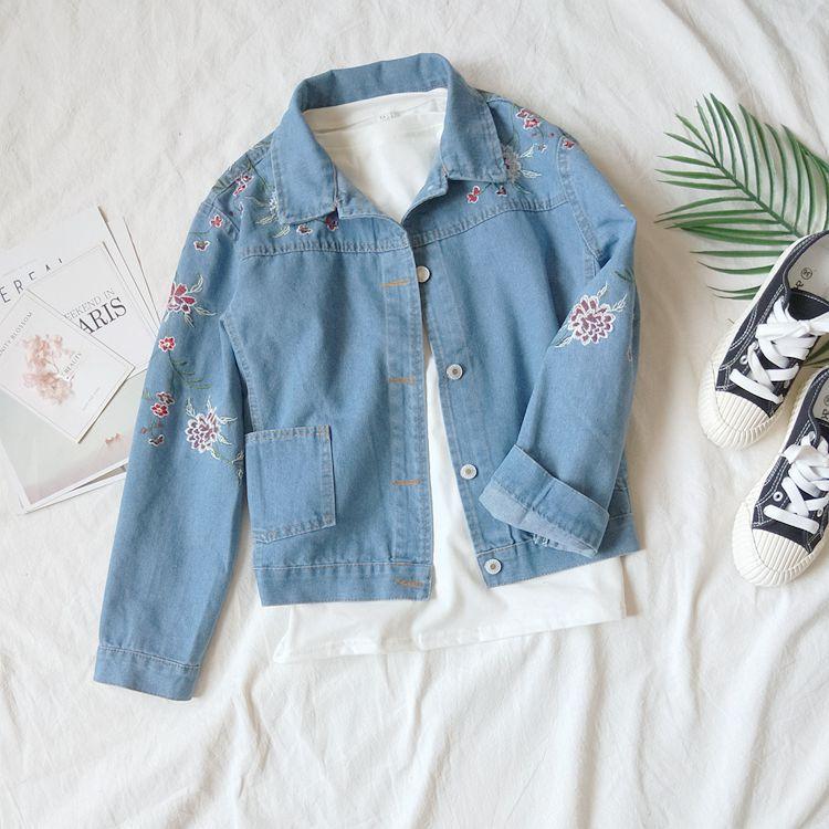 Fdfklak 2018 New Embroidery Flower Denim Jacket For Women Light Blue Loose Female Jacket Women Basic Coats Spring Autumn Q1116 1
