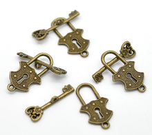 100Sets Bronze Tone Key & Lock Toggle Clasps Fit Necelaces / Bracelets Jewelry Component Charms Wholesale 24x13mm 23x8mm