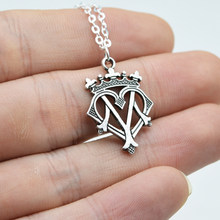 10pcs Elegant Royal Jewelry Queen Mary Pendant Women Crown Charm Choker Necklace Birthday Gift CT088(China)