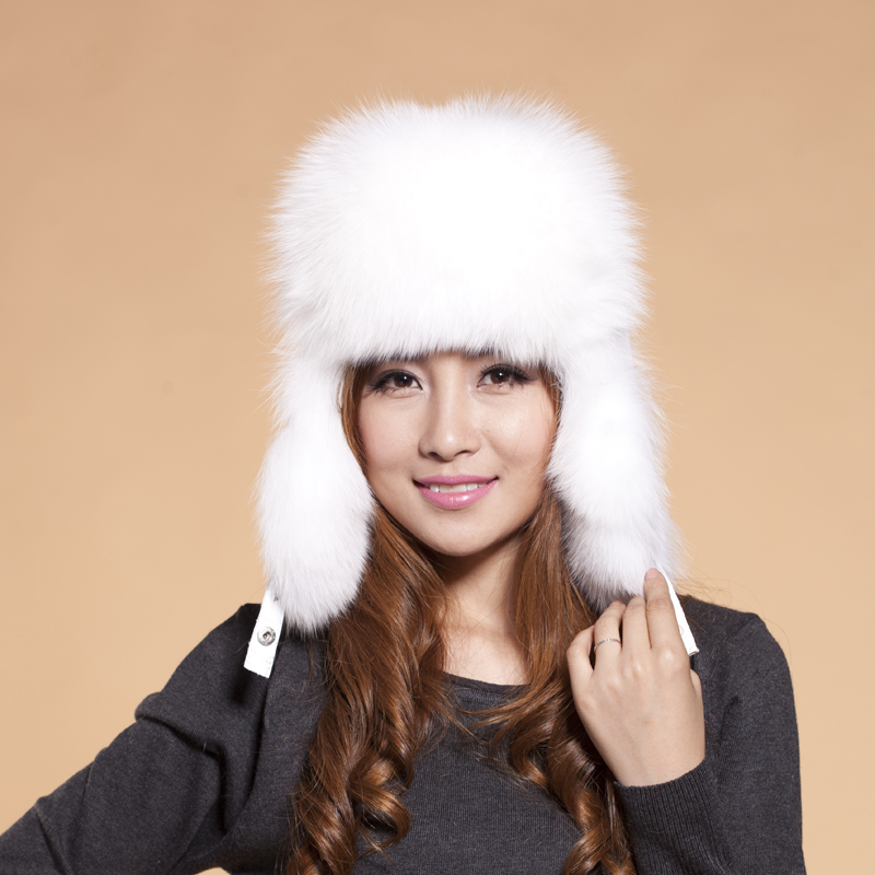 ФОТО 2015 Top Fashion Novelty Beanies Hats For Beanie The Winter Of New And Type Integral Skin Fox Fur Hat Mao Leifeng Free Shipping