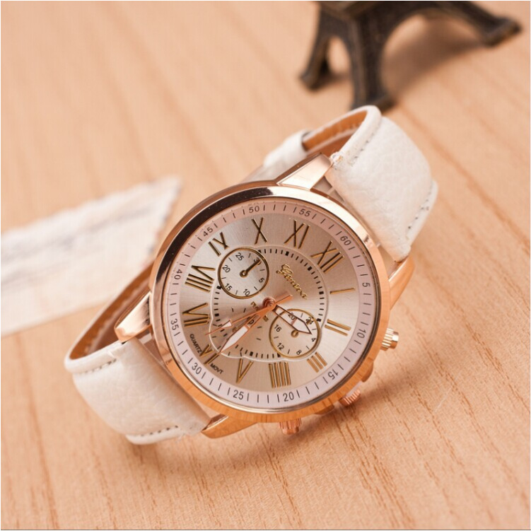 W180818 New Switzerland Women watch Luxury Fashion See-through Quartz women watch Water Resistant Round watch цена