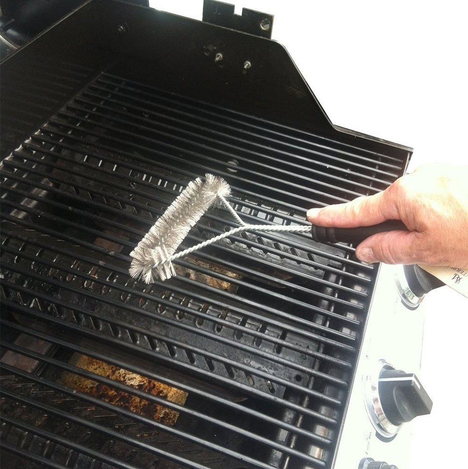how to clean bbq grill brush