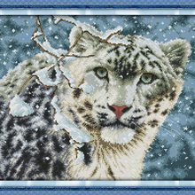 NEW Snow leopard cotton Animals DMC cross stitch kit 14ct wh