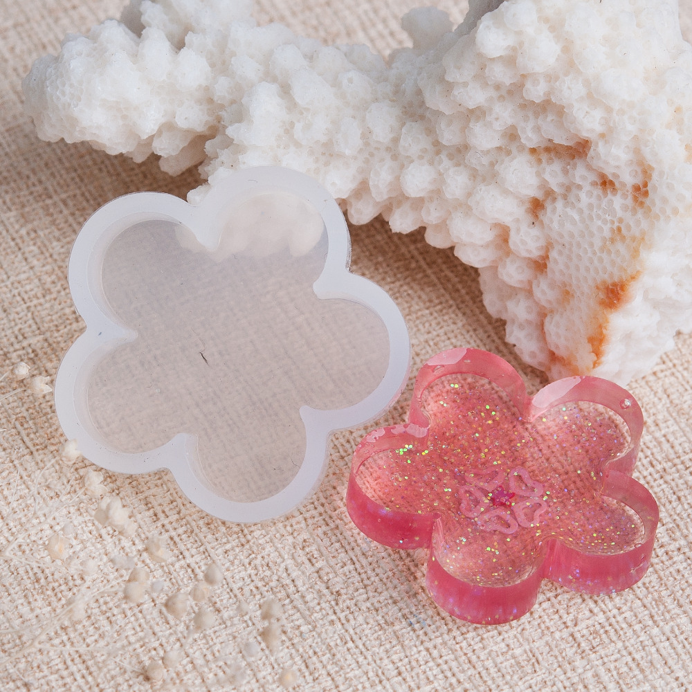 Doreen Box Silicone DIY Tools Resin Mold Flower White 32mm(<font><b>1</b></font> <font><b>2</b></font>/8