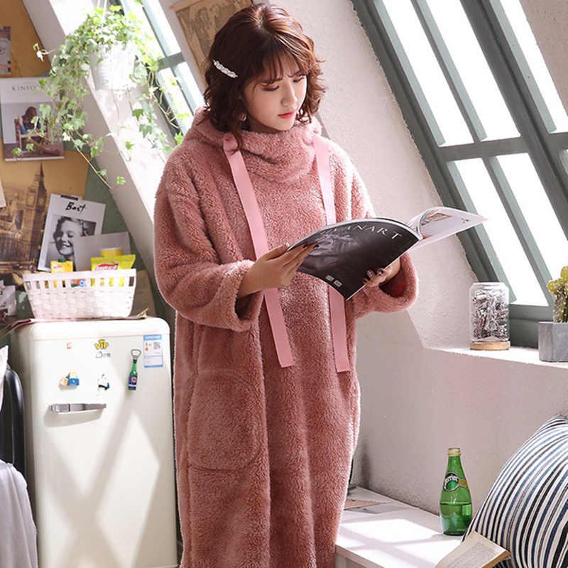 冬暖かいバスローブ女性ローブベルベットホームウェア寝間着フード付きパジャマスーツ秋暖かいフランネルソフトパジャマローブ
