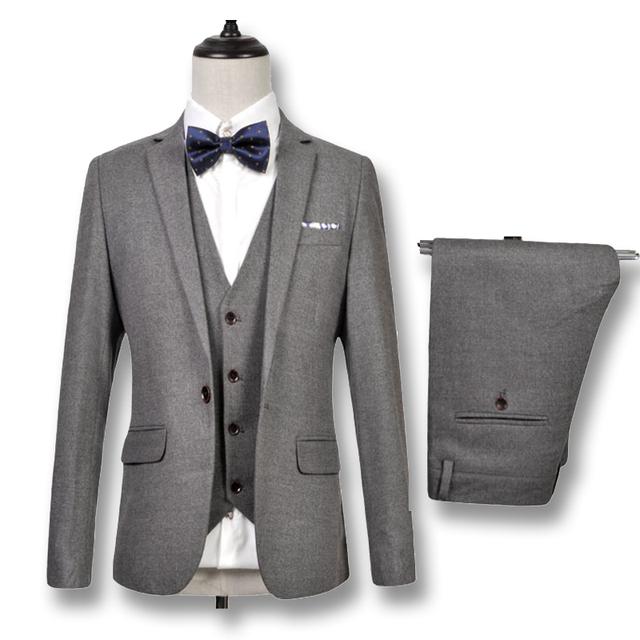 2016 novos homens do noivo vestido De smoking Jacket + colete + calças De Herren Anzug Veste De Loisir entalhado lapela Blazers Herren Anzug ternos