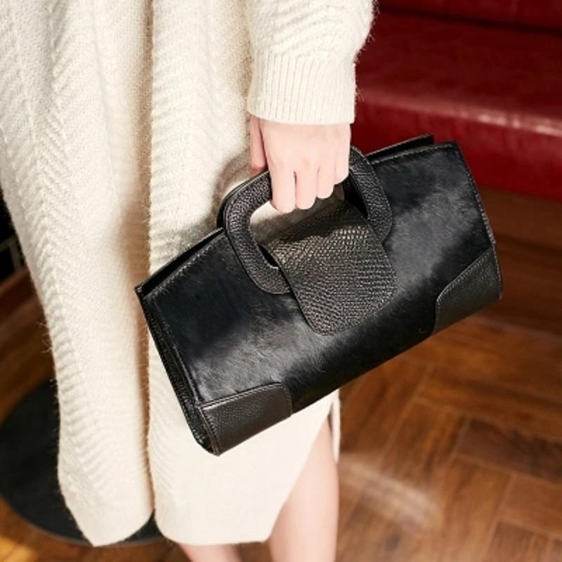 Horse hair handbag Ms. 2018 new leather cowhide fashion large capacity clutch bag hairy Messenger bag hairy maclary shoo