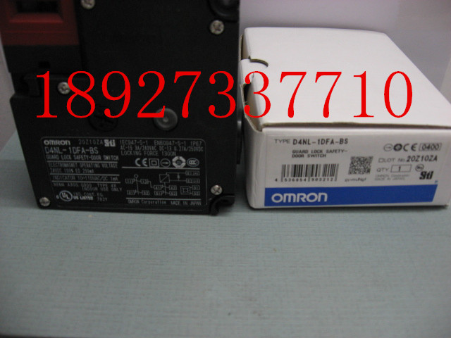 [ZOB] Supply of new original omron safety door switch D4NL-1DFA-BS new and original e3x da11 s omron optical fiber amplifier photoelectric switch 12 24vdc