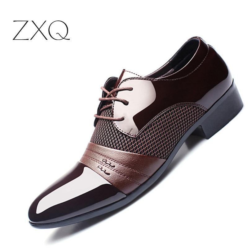 ZXQ hombres zapatos más tamaño 38-47 hombres de negocios zapatos planos negro marrón transpirable baja hombres Formal zapatos de oficina