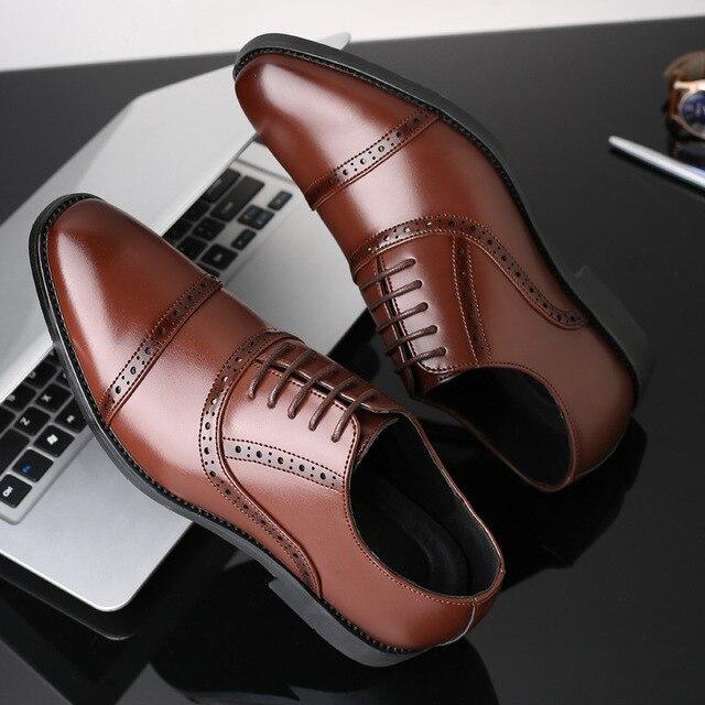 77e04483 2018 Moda hombre Formal zapatos de alta calidad transpirable PU cuero personalidad  hombres negocios vestido mocasines