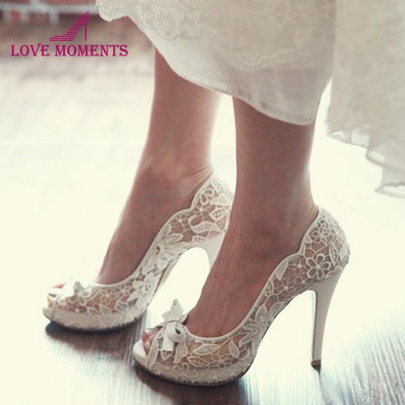 2018 Fiancee Engagement Party Shoes Peep Toe Lace Wedding Shoes Mother Of The Bride Shoes White Color Bowtie Party Prom Pumps