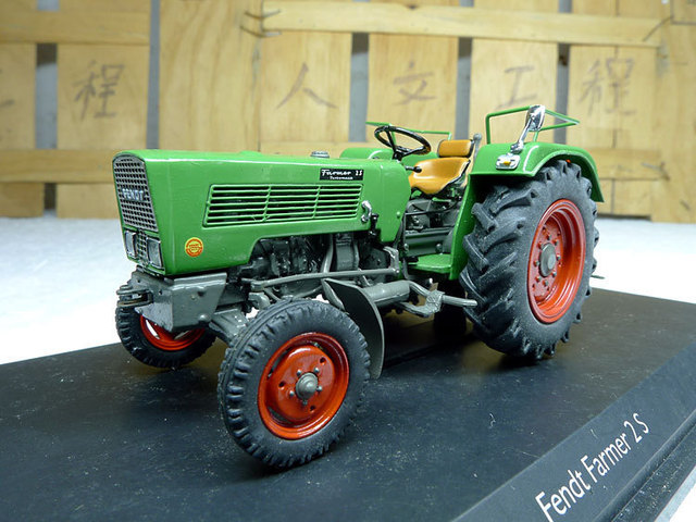 fendt farmer 2 s fendt traktoren legierung automodelle in. Black Bedroom Furniture Sets. Home Design Ideas