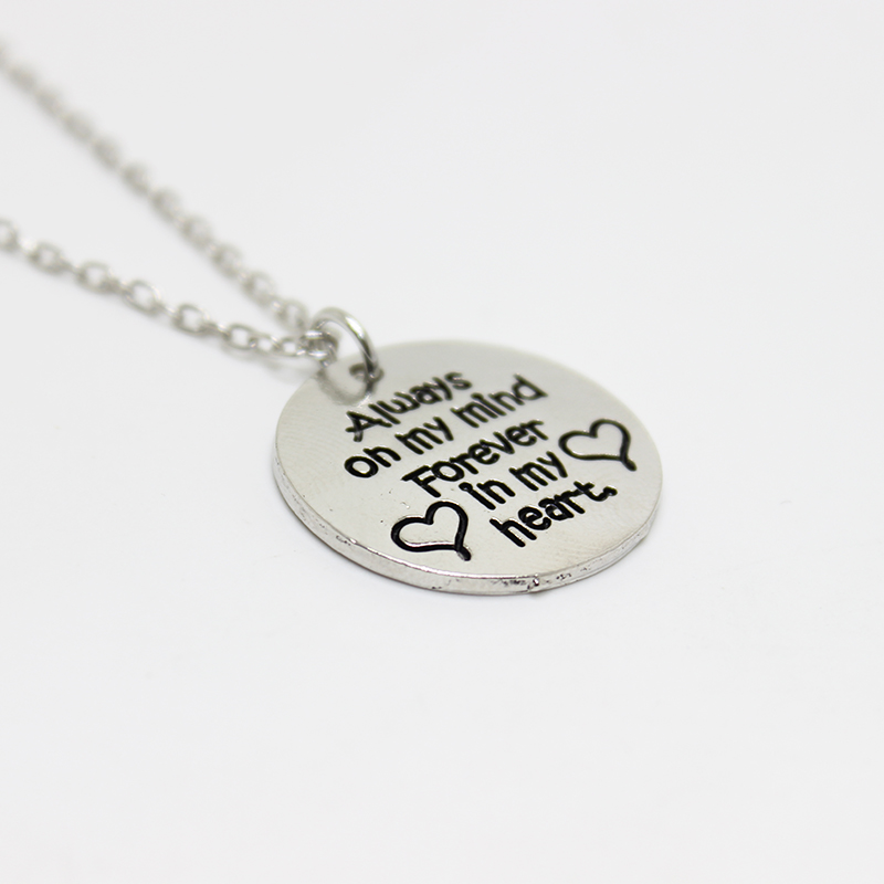 New arrival fashion jewelryAlways on my mind Forever in my heartnecklace pendant necklace women gift christmas