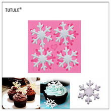 Gadgets - Silicone Snowflake Mold, 4 Cavities Candy Delicate , Flexible Cookies Baking  Sugar Christmas, Mold