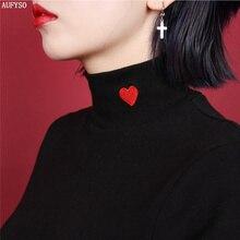 Для женщин Топы корректирующие 2017 зимние японский Винтаж Лолита красное сердце Вышивка водолазка футболка с длинными рукавами 10 Цвета черный, белый цвет T155