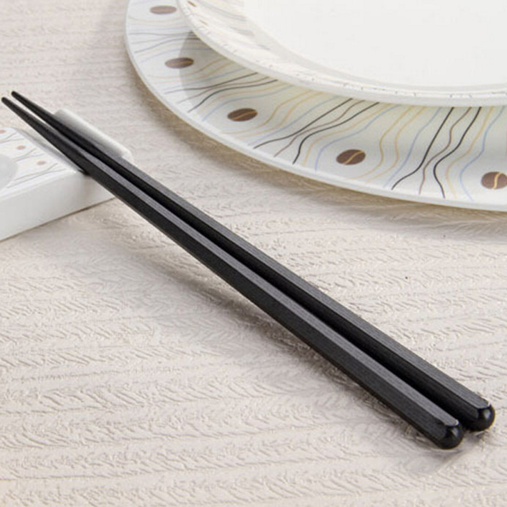Natural safe chopsticks for kids Tableware Dinnerware for Sushi set Japanese chopsticks black color 4 pairs free shipping in Chopsticks from Home Garden