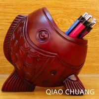 YENI Moda Nefis Reçine El Sanatları Kırmızı Woodfish Ev Dekorasyonu Masaüstü Kalem Tutucu Süsler Yaratıcı Şarap Rafı PERAKENDE KUTUSU S443