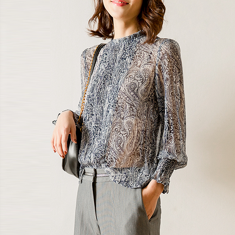 100% Silk Blouse Women Shirt Paisley Pattern Print Pleated Design O Neck Long Flare Sleeves Pullover 2 Colors New Fashion 2019