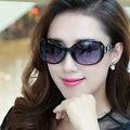 Señoras Diseñador de conducción gafas de Sol de Lujo Sombrillas blanco rojo negro Mujeres Gafas de sol Envío Libre al por mayor
