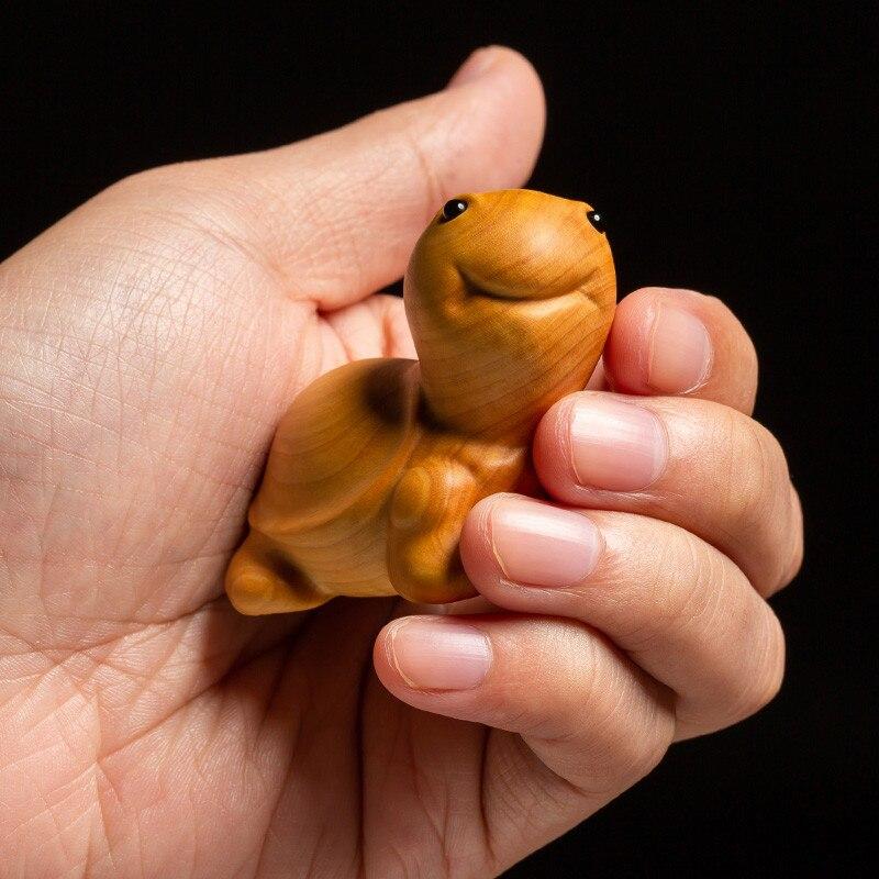 Créatif petit buis sculpture maison salon décor thé Pet petite tortue sculpture artisanat pièce à main animaux ornements M1739