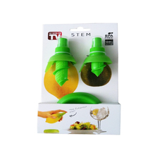 2 Piece Set – Lemon Juice Sprayer Kitchen Gadget