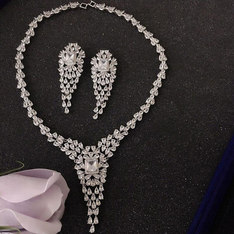 2017 nowy luksusowa biżuteria ślubna zestawy dla panny młodej z białego złota kolor Cubic naszyjnik cyrkoniowy i kolczyki w Zestawy biżuterii od Biżuteria i akcesoria na  Grupa 1