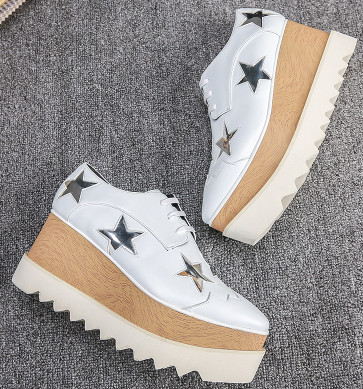 2017 thick bottom round toe stars shoes women waterproof