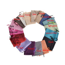 Купить с кэшбэком 16 Colors 100pcs 7x9cm/2.7x3.5 inch Jute Hessian Drawstring Wedding Favor Christmas Gift Phone Storage Burlap Jute Bag