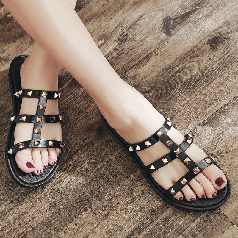 Chaussures Zapatillas 2018 Diapositives Rivet Flops Plage Amont Mujer R Flip Femmes white Pantoufles En R Dame Black Mode De Sandales R beige Été 5qAR43Lj