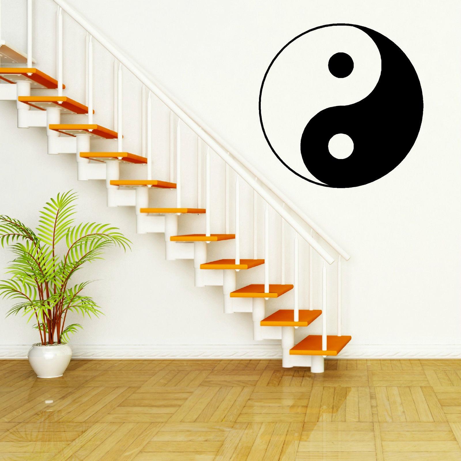 Wohnzimmer Yin Yang Japanische Familie Paar In Unterhaltung Im
