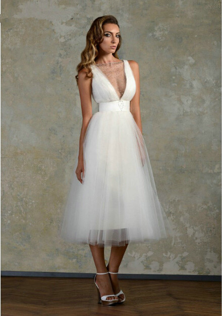 2016 Embellish Tulle Wedding Dresses Tea Length Short Straps See