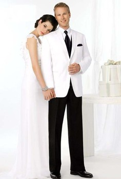 CUSTOM MADE HIGH QUALITY WHITE GROOM MENS TUXEDO SUITS,BESPOKE WHITE TUXEDO,TAILORED TWO BUTTONS PEAK LAPEL MEN SUITS