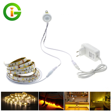 5050 Motion Sensor LED Strip Light Waterproof 30LEDs/m Warm White  + Intelligent Pir Sensor  Light Control Bedroom Lighting