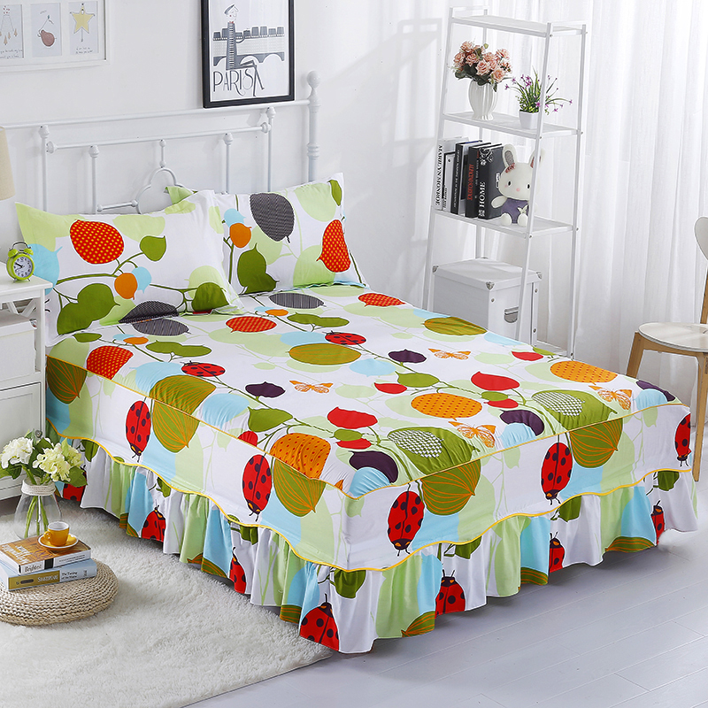 The Latest Hot And Colorful Fashion Home Life Bedding Three-Piece Comfortable And Breathable Cotton Bed Skirt Plus Pillowcase