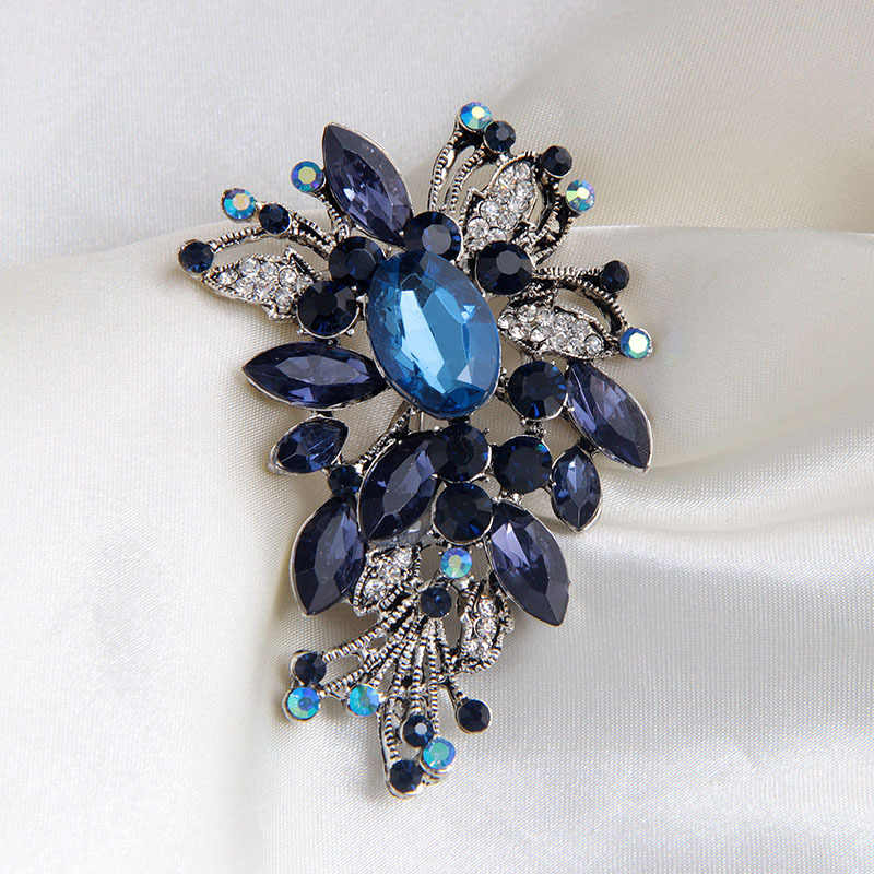 Royal Blue Crystal Loved Clothes Sweater Shirt Accessories Delicate Brooch Vintage Silver Color Flower Shape Brooch Pin Jewelry