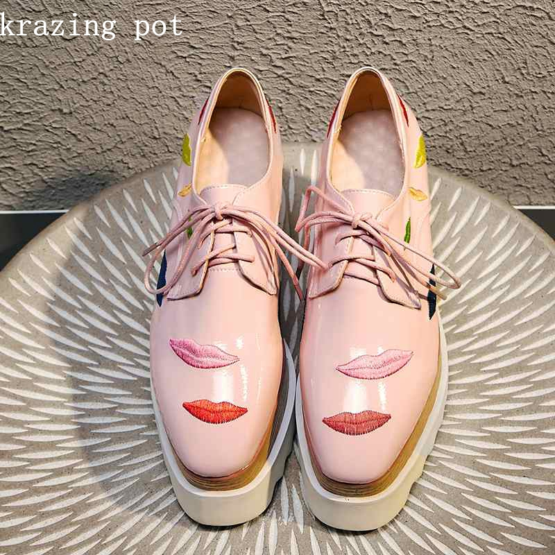 Krazing Pot Autumn brand shoes cow leather vintage embroidery lips patterns lace up wedges plus size
