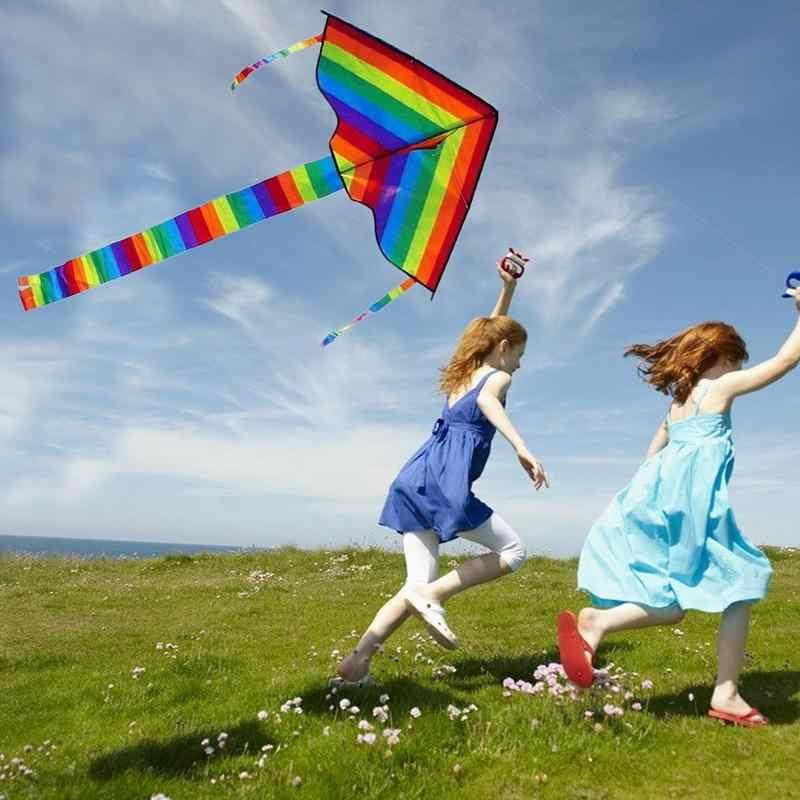 Warna-warni Layang-layang dengan Menangani Anak-anak Baru Pelangi Layang-layang Besar Kecil Colorful Strip Ekor Panjang Kain Layang-layang Mainan Luar Ruangan