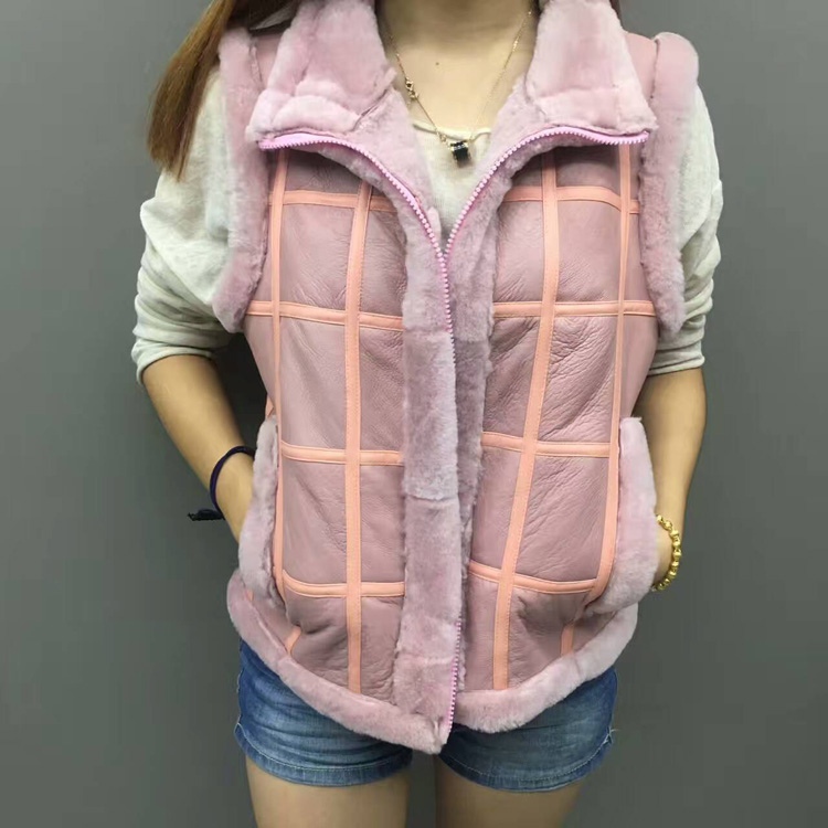 Women sheep shearing fur vest leather horse vest sheepskin waistcoat short warm ladies thin jacket