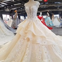 2018 Newest Train Lace High Neck Wedding Dresses Sleeveless Sequined Crystal Tulle Bridal Gown Vestido De