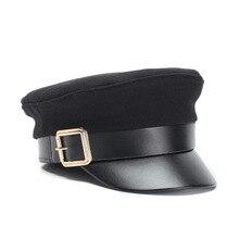 2018 Otoño Invierno sombreros para las mujeres hombres de cuero de la PU  sombrero gorra militar 06da5bb10c6